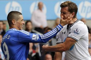 Torres is the world's worst high-fiver