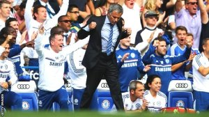 Mourinho and Mata both double fist-pump celebrate during Chelsea's opening day victory