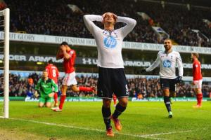Soldado impersonates the White Hart Lane crowd's reaction to his every miss