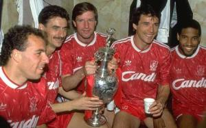 Liverpool celebrate winning the title in 1990 (Right to left, Ronnie Rosenthal, Ian Rush, Ronnie Whelan, Alan Hansen and John Barnes)