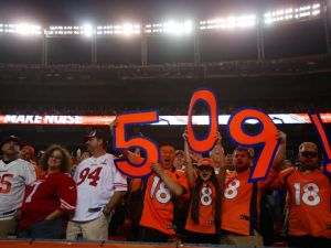 Peyton Manning surpassed Bret Favre for the record number of career touchdown passes on Sunday vs the 49ers