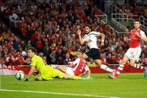 Chadli gives Spurs a surprise lead at Arsenal