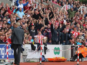 Stoke fans will give Wenger their usual welcome