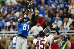 Calvin Johnson now has the record for touchdown catches on Thanksgiving