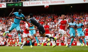 Cech does Mourinho's bidding in his first match for Arsenal